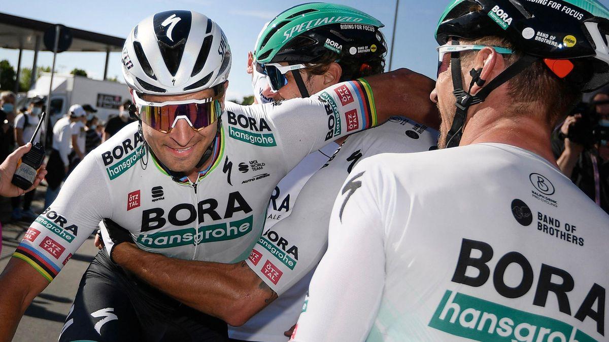Peter Sagan (l.) mit seinem Team Bora-hansgrohe