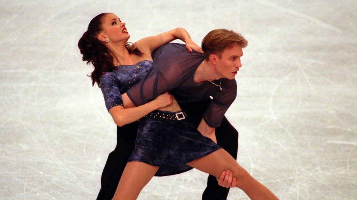 Анна Семенович и Роман Костомаров