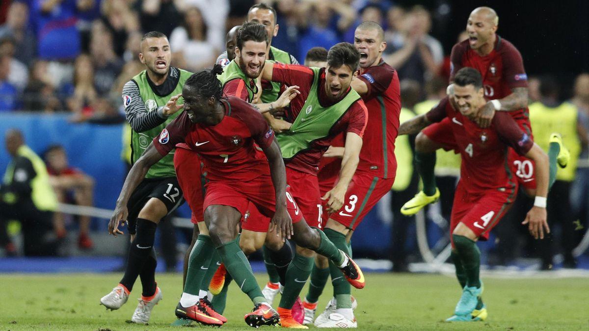 Portugal celebrate Eder's goal against France