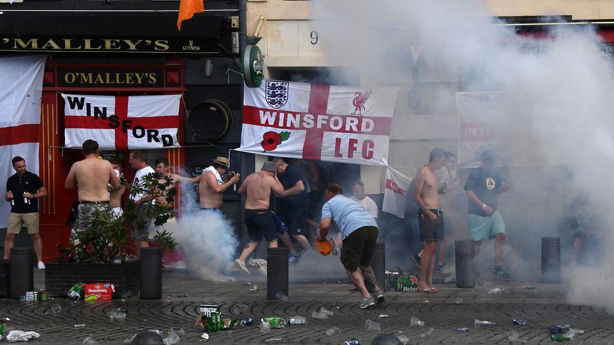 Фанатские беспорядки на Евро-2016
