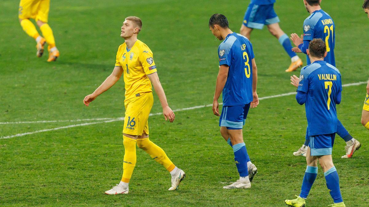 Руслан Валиуллин в матче Казахстан – Украина