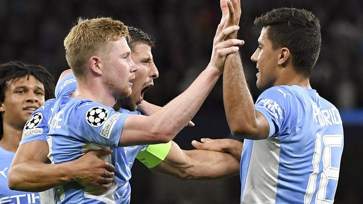 Man City celebrate scoring