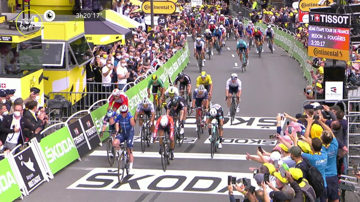 'What a hero!' - Cavendish claims stunning win on Stage 4