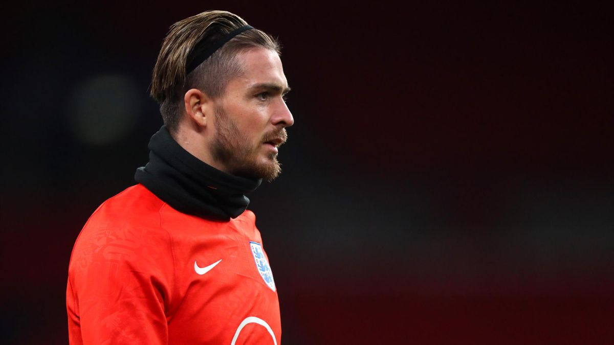 Jack Grelish of England warms up ahead of the UEFA Nations League group stage match between England and Iceland