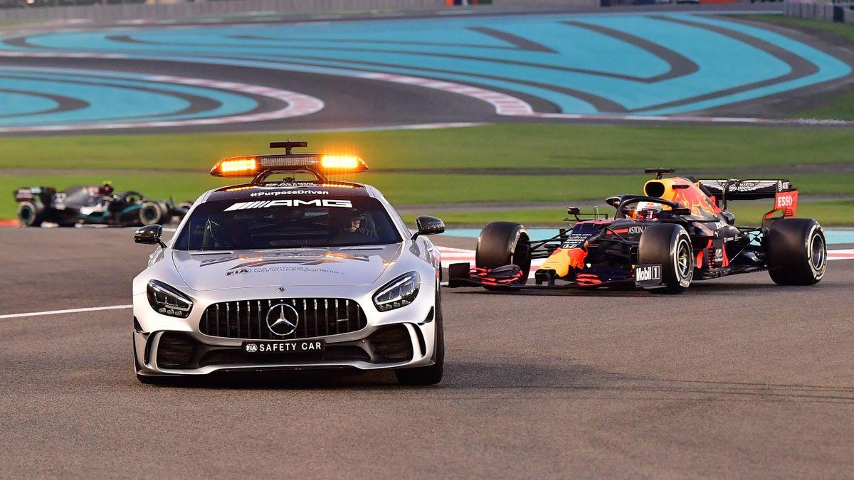 La voiture de sécurité au Grand Prix d'Abou Dabi, le 13 décembre 2020