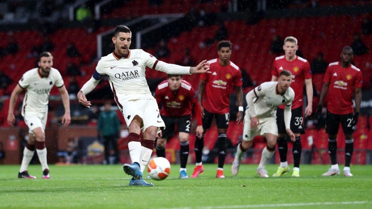 Il rigore trasformato da Lorenzo Pellegrini - Manchester United-Roma Europa League 2020-21