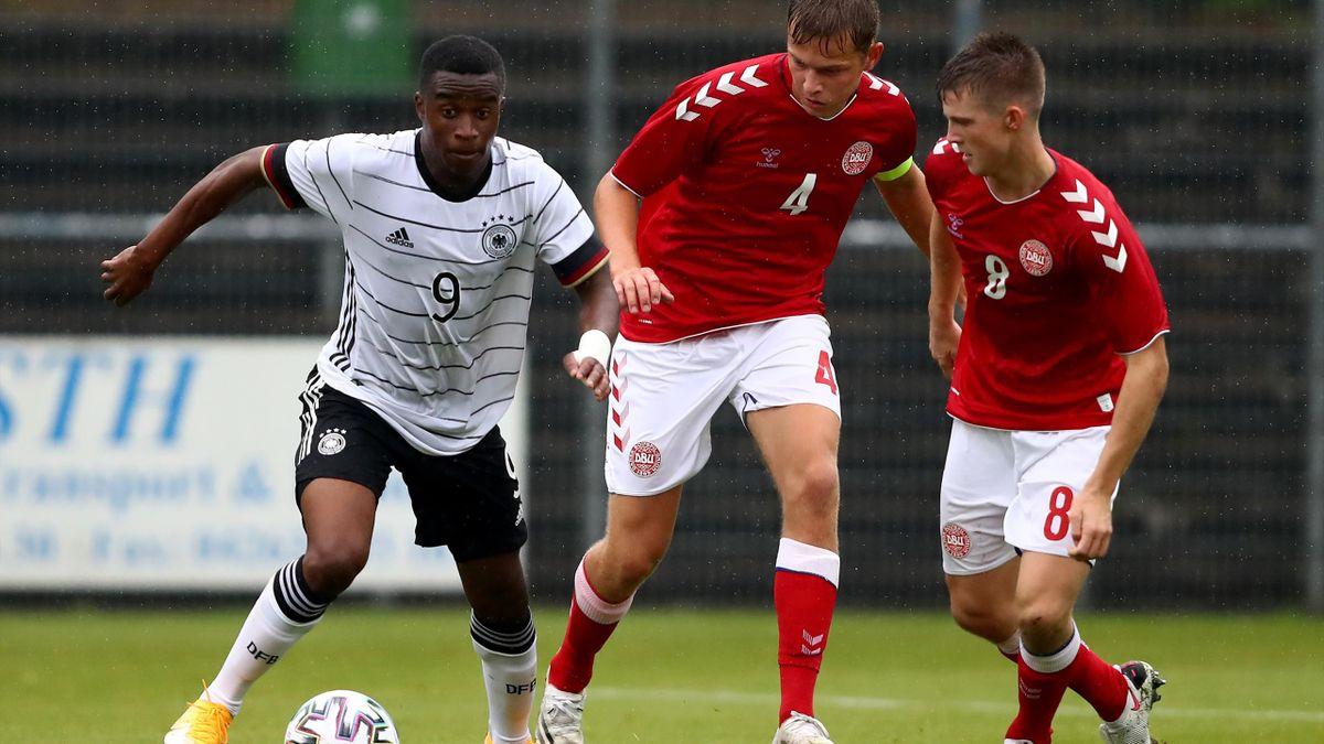Youssoufa Moukoko (links) könnte für Deutschland bei der U21-EM in Slowenien spielen