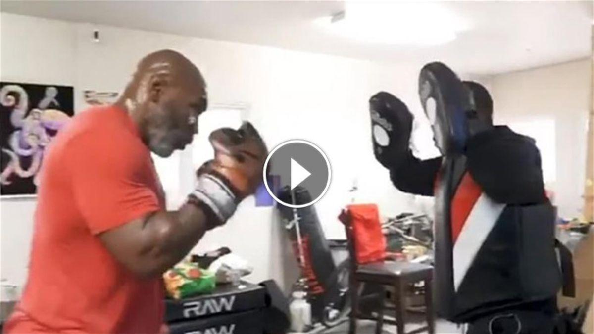 L'allenamento di Mike Tyson su Instagram