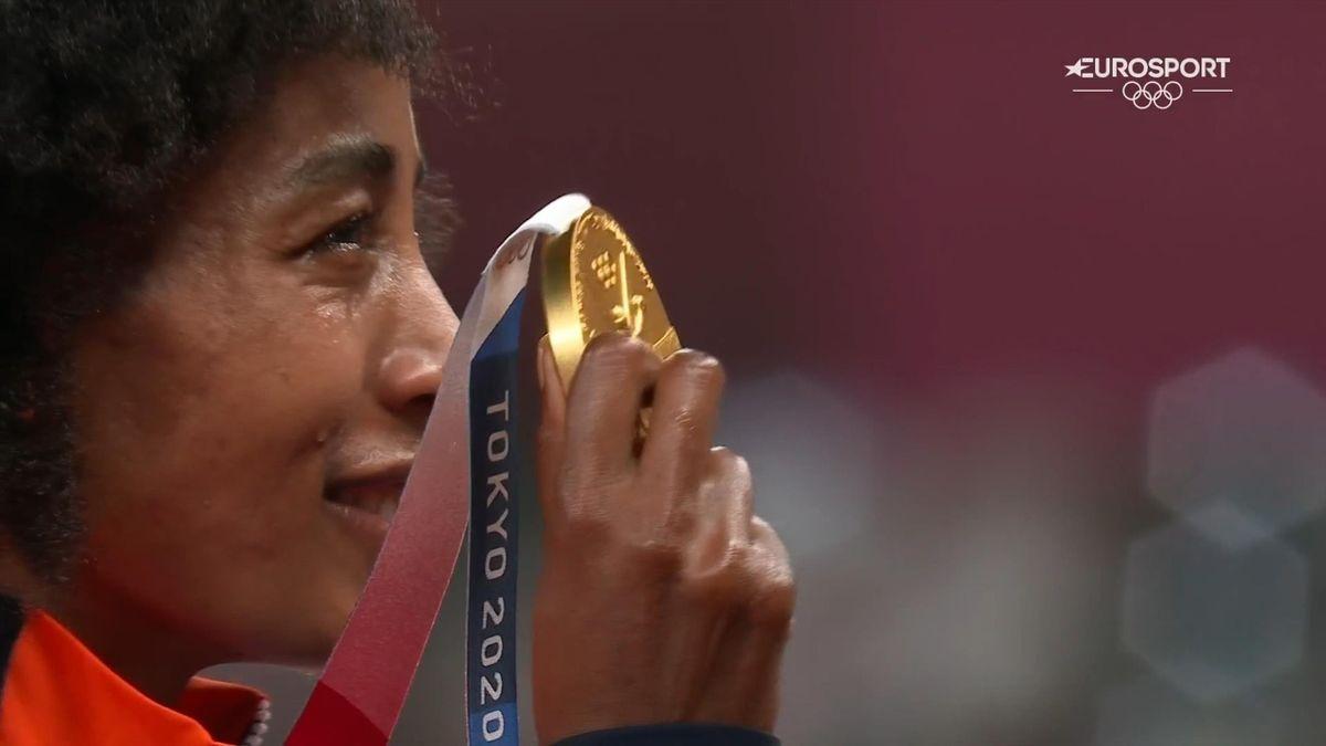 Tokyo 2020 | Tranen van geluk - het Wilhelmus klinkt voor de 2e keer voor Sifan Hassan