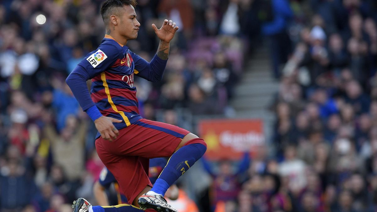Prosecutor asks for Neymar fraud trial - Eurosport