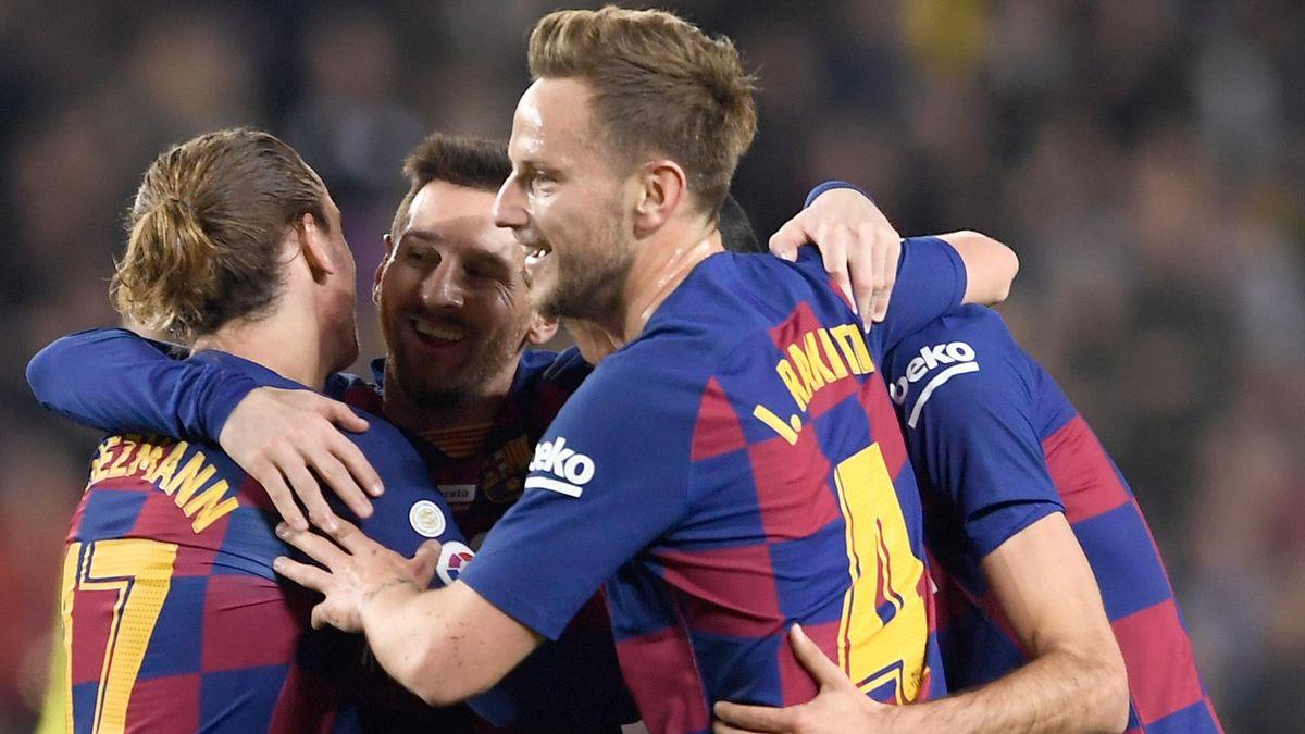 Lionel Messi a fêté son Ballon d'Or par un triplé