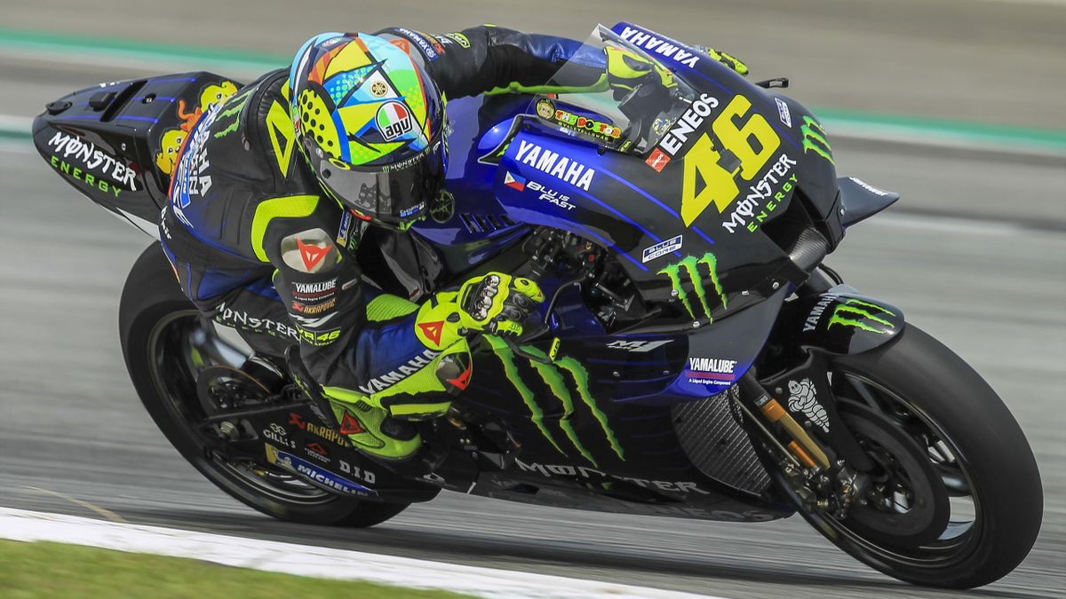 Valentino Rossi of Movistar Yamaha MotoGP in action during the second day of the MotoGP official testing session on February 08