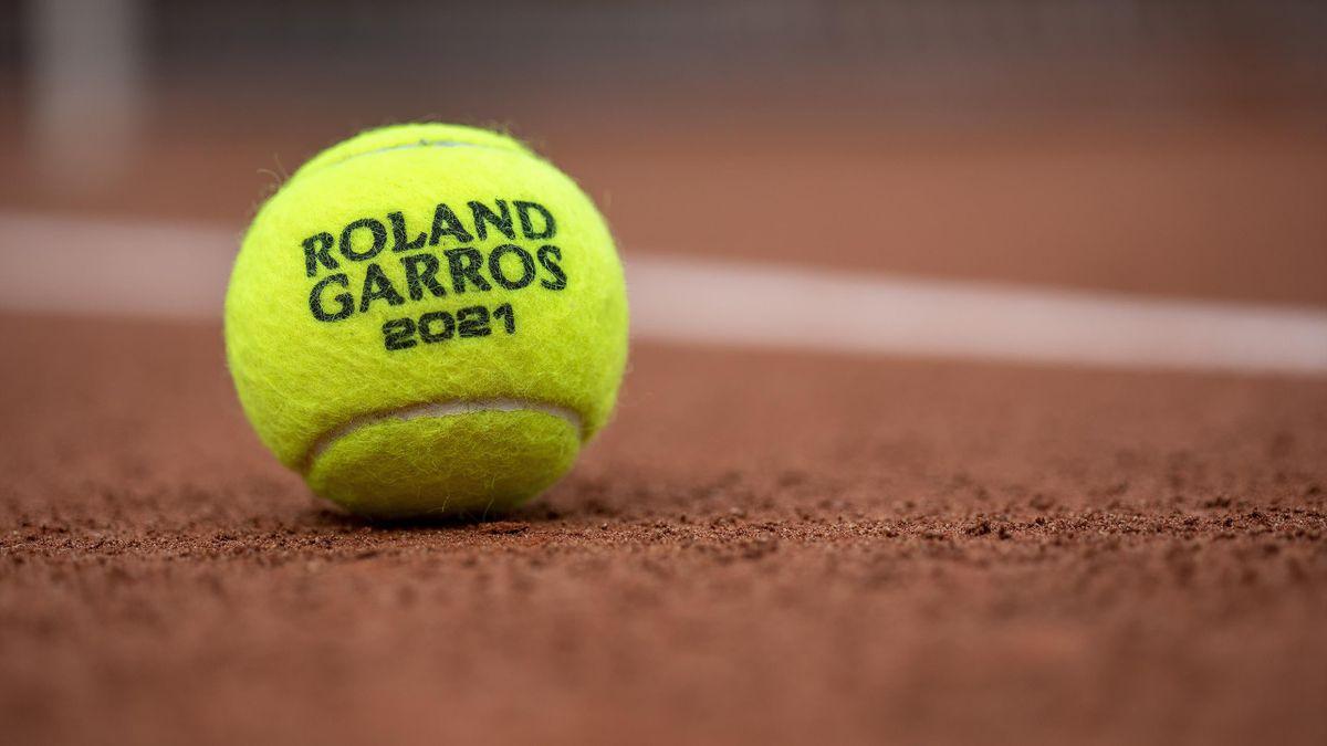 La balle officielle de Roland-Garros 2021