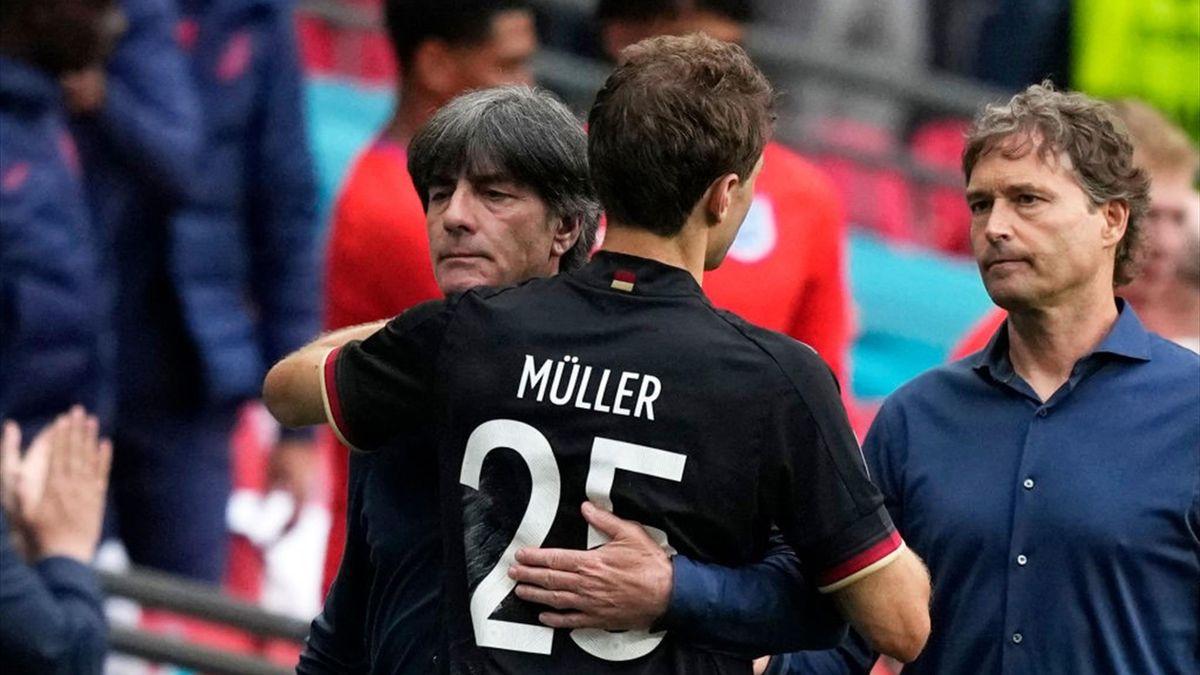 Joachim Löw und Thomas Müller