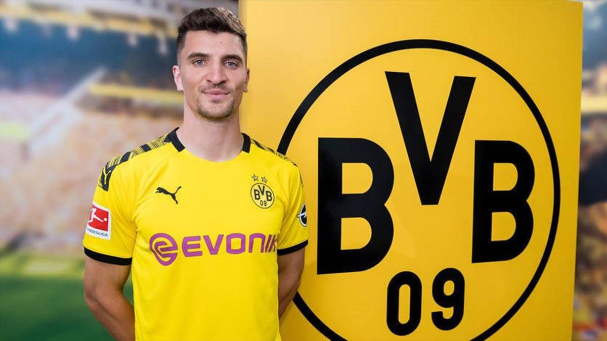 Thomas Meunier avec le maillot du Borussia Dortmund
