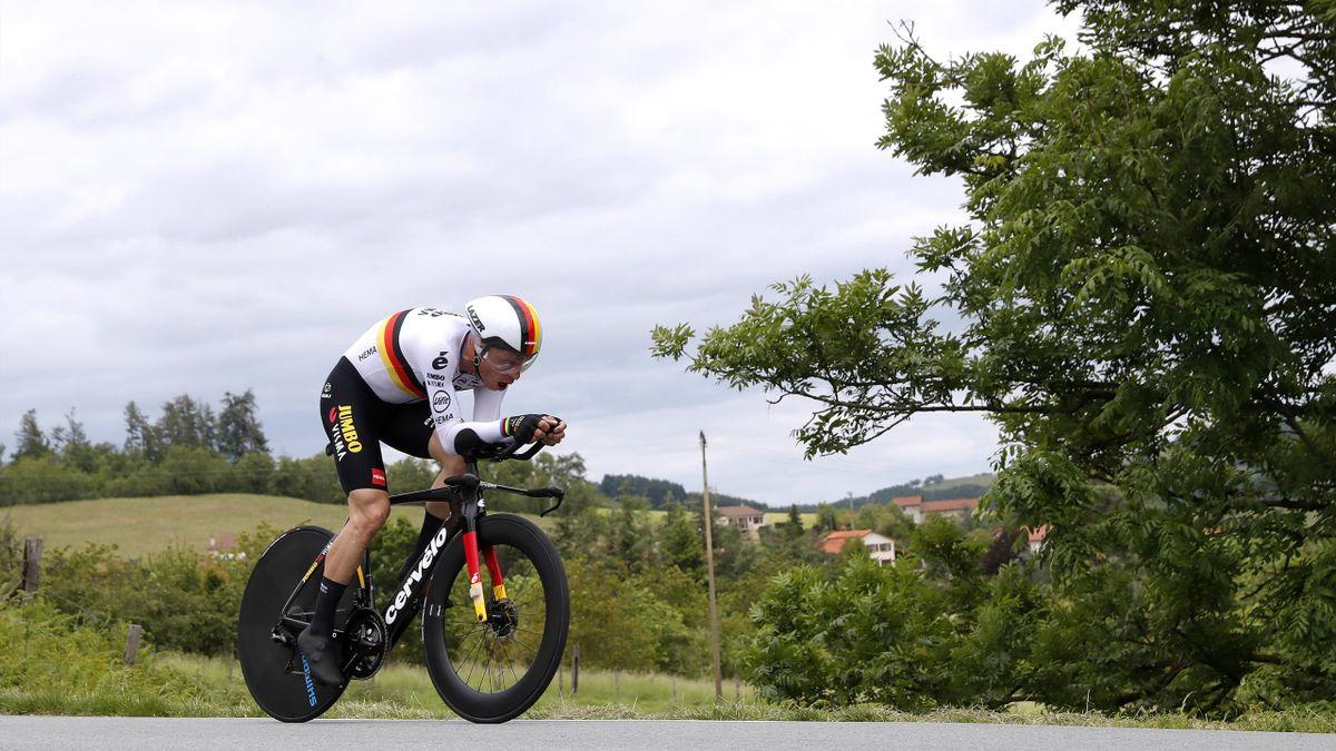 Tony Martin beim Einzelzeitfahren im Trikot des Deutschen Meisters
