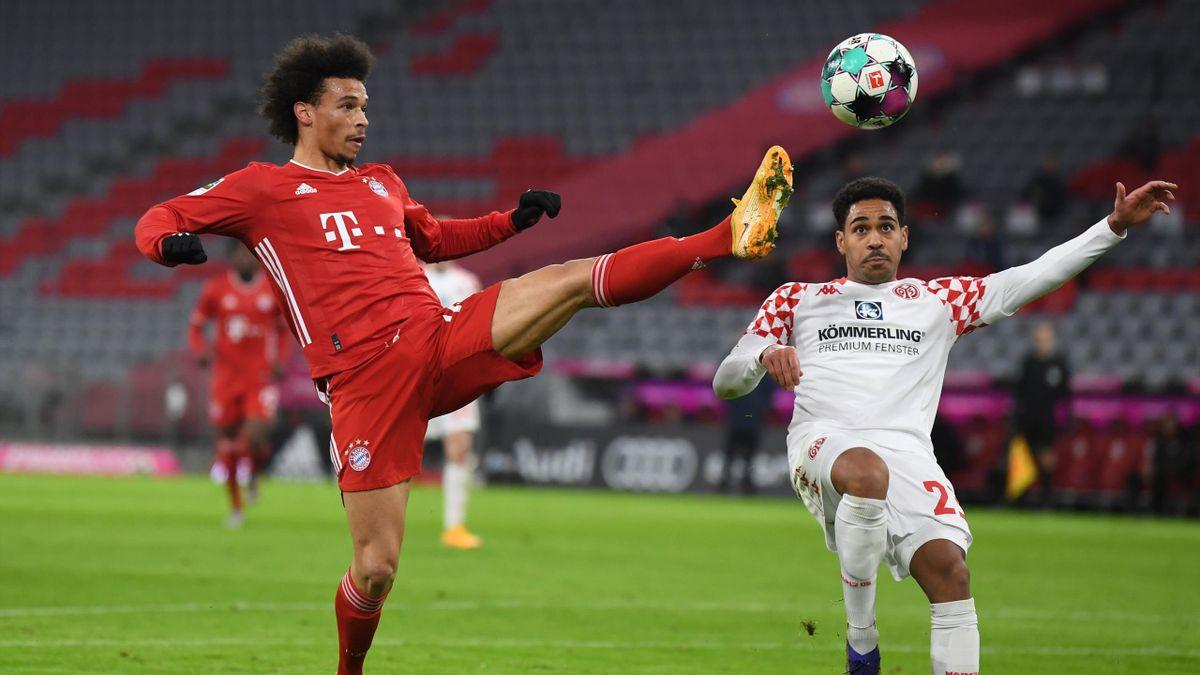 Bayerns Leroy Sané (links) im Bundesligaspiel gegen den FSV Mainz 05