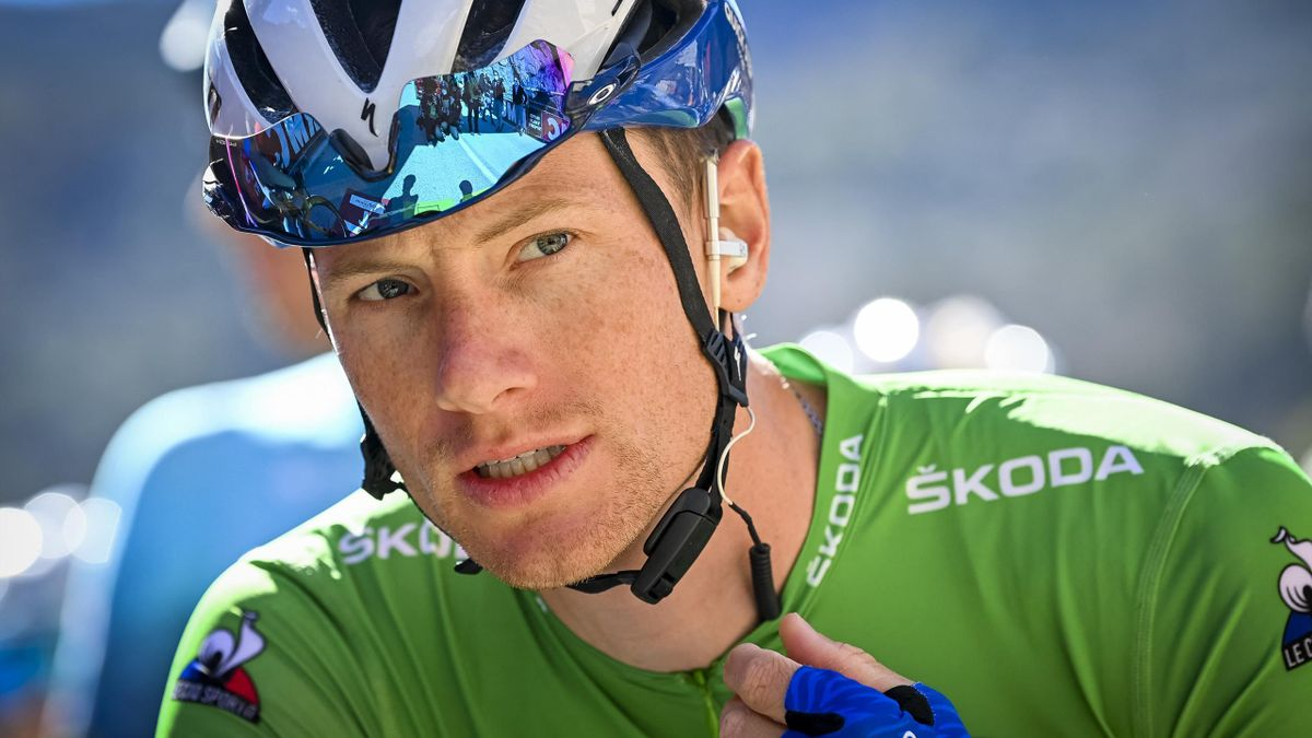 Irish Sam Bennett of Deceuninck - Quick-Step at the start of the eighth and final stage of 79th edition of the Paris-Nice cycling race, 110,5km from Le-Plan-du-Var to Levens, in Nice, France, Sunday 14 March 2021. BELGA PHOTO DAVID STOCKMAN