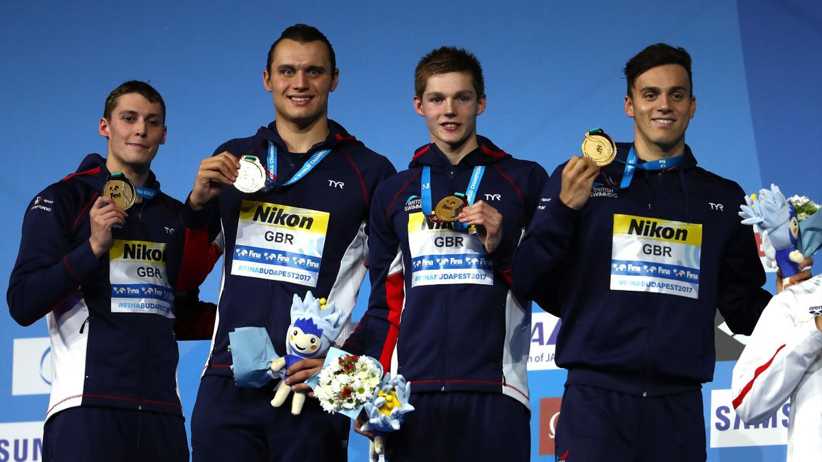 Great Britain take gold in the 4x200m freestyle relay