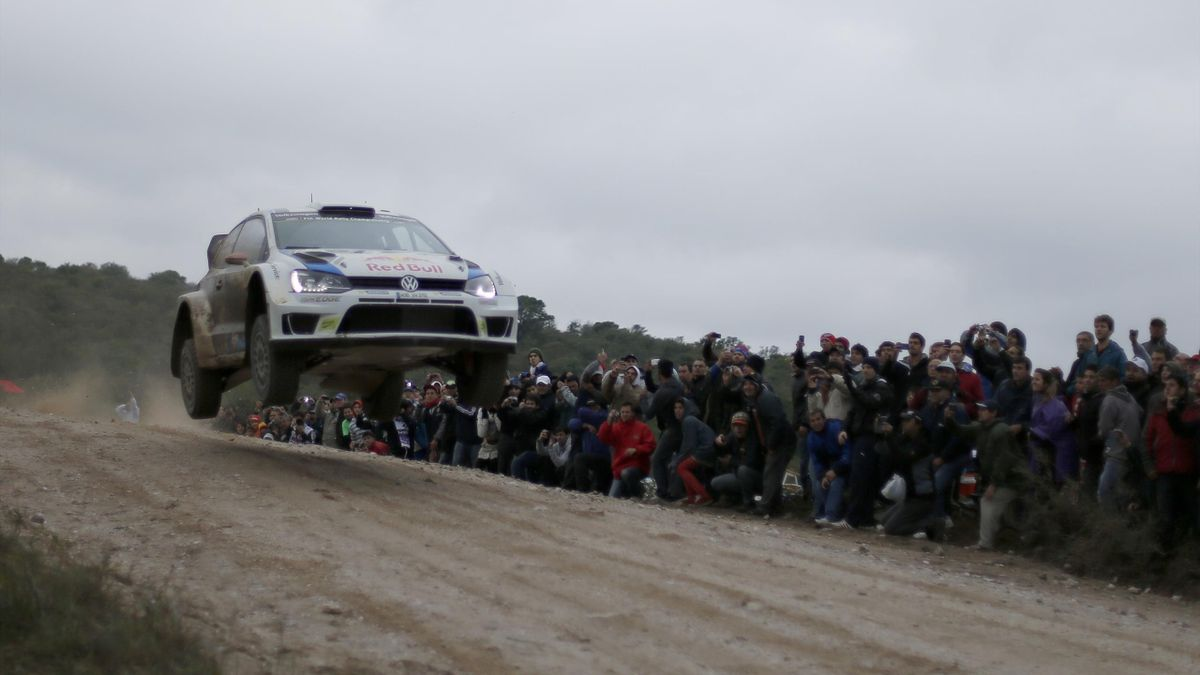 Jari Matti Latvala of Finland and Mikka Anttila of Finland compete in their Volkswahgen Motorsport Polo R WRC during Day Two of the WRC Argentina on May 10, 2014 in Villa Carlos Paz, Argentina (Getty)