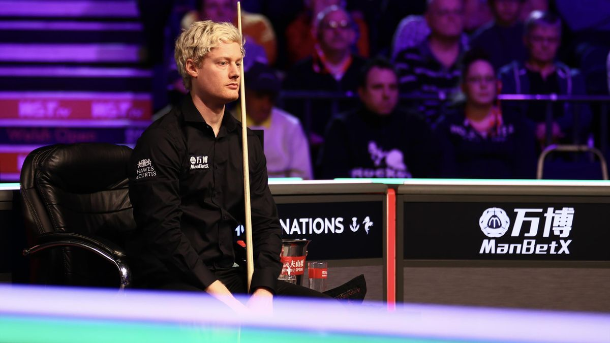 Neil Robertson of Australia reacts during the 1st round match against Jamie Rhys Clarke of Wales on day two of the 2020 ManBetX Welsh Open