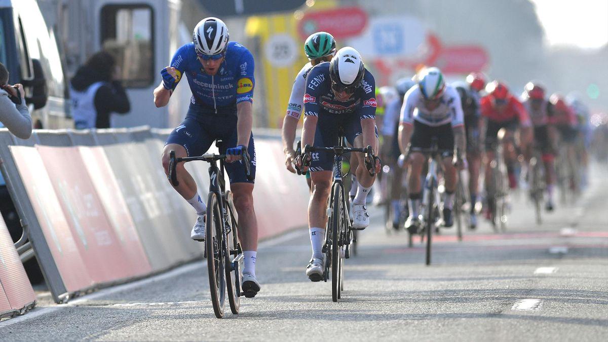 Sam Bennett spurter inn til seier i Brugge - De Panne.
