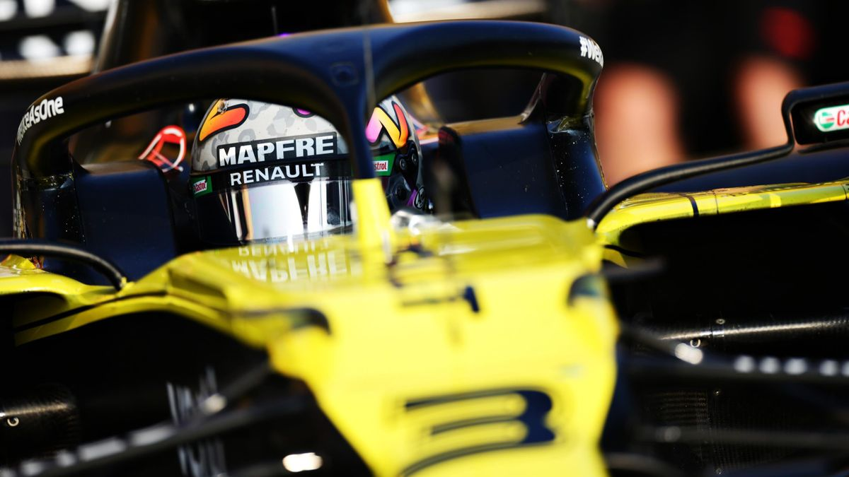 Daniel Ricciardo of Australia driving the (3) Renault Sport Formula One Team RS20 leaves the garage during qualifying ahead of the F1 Grand Prix of Emilia Romagna