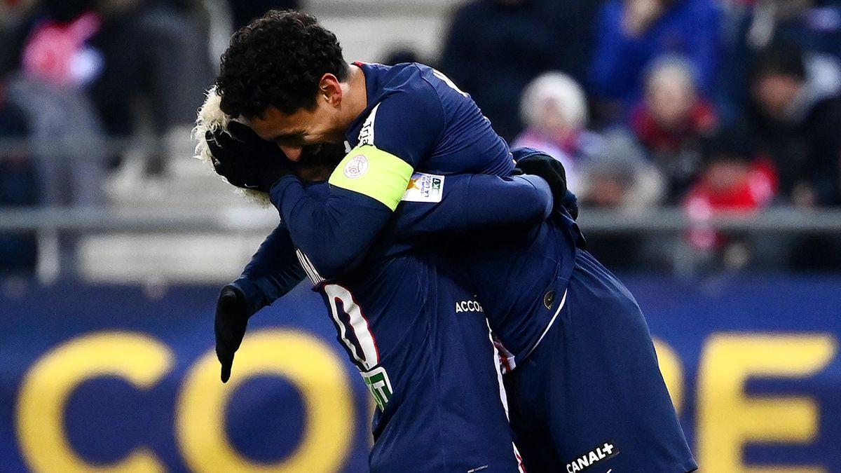 Marquinhos avec Neymar en Coupe de la Ligue 2020