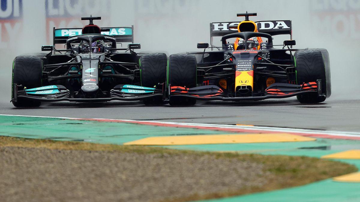 Éleződik a Mercedes-Red Bull-csata