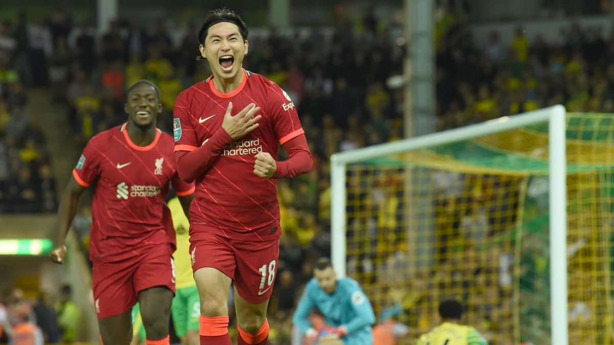 akumi Minamino of Liverpool celebrates