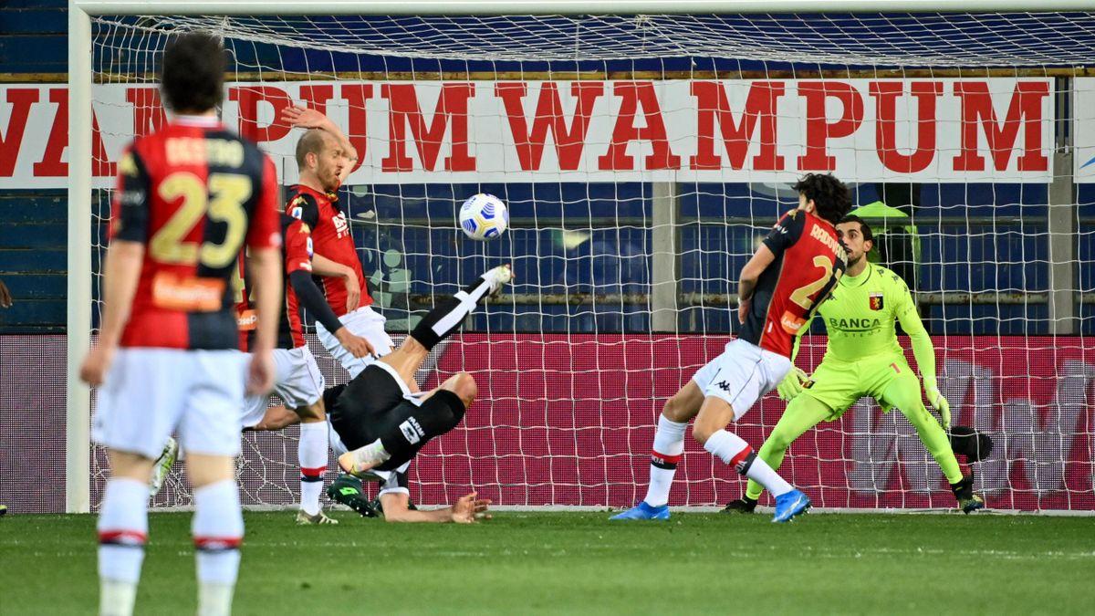 Serie A, le pagelle di Parma-Genoa 1-2: Pellè illude, Scamacca decisivo con  una doppietta - Eurosport