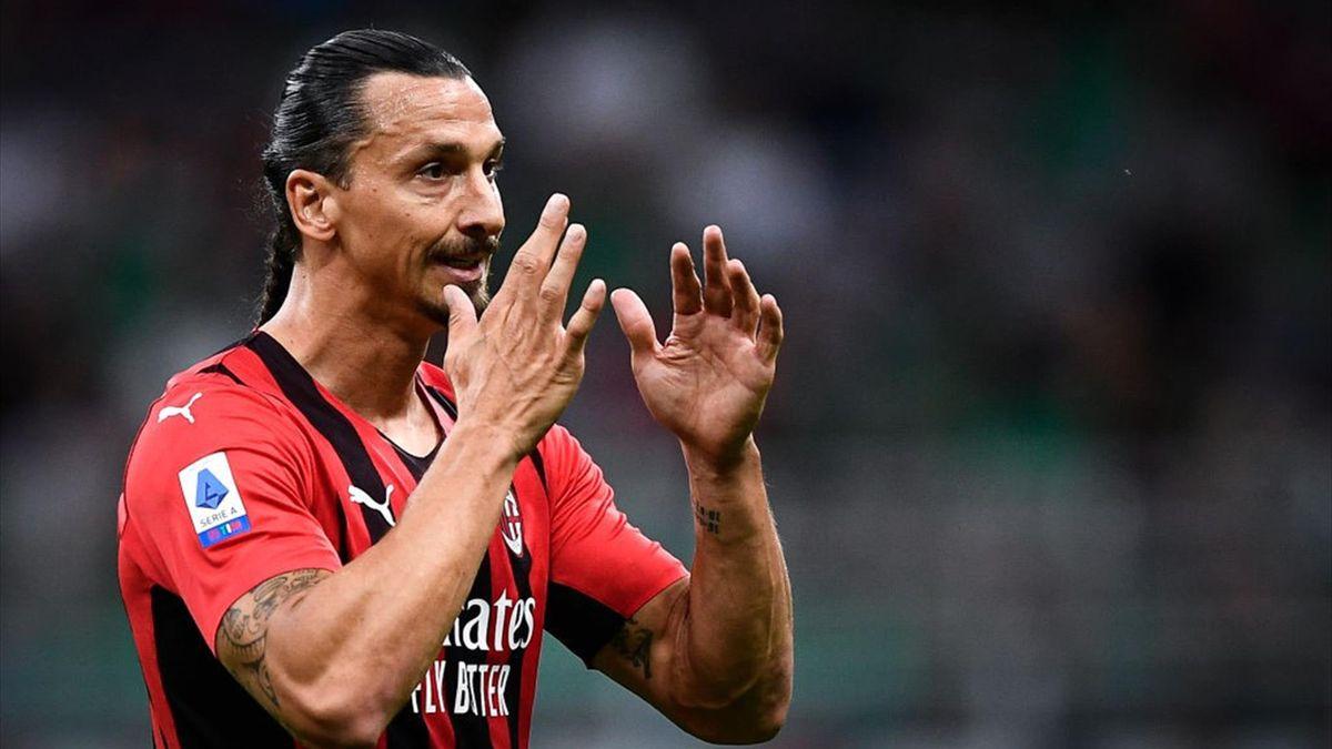 Zlatan Ibrahimovic con la maglia del Milan - Stagione 2021-22
