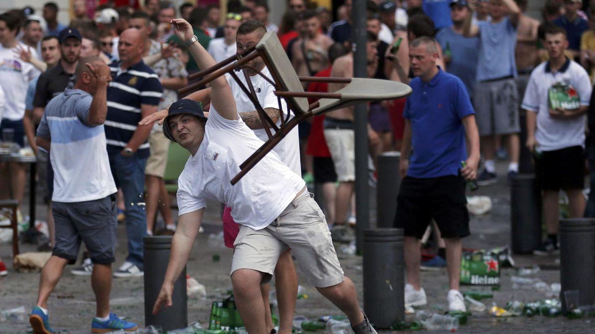 Des hooligans anglais à Marseille