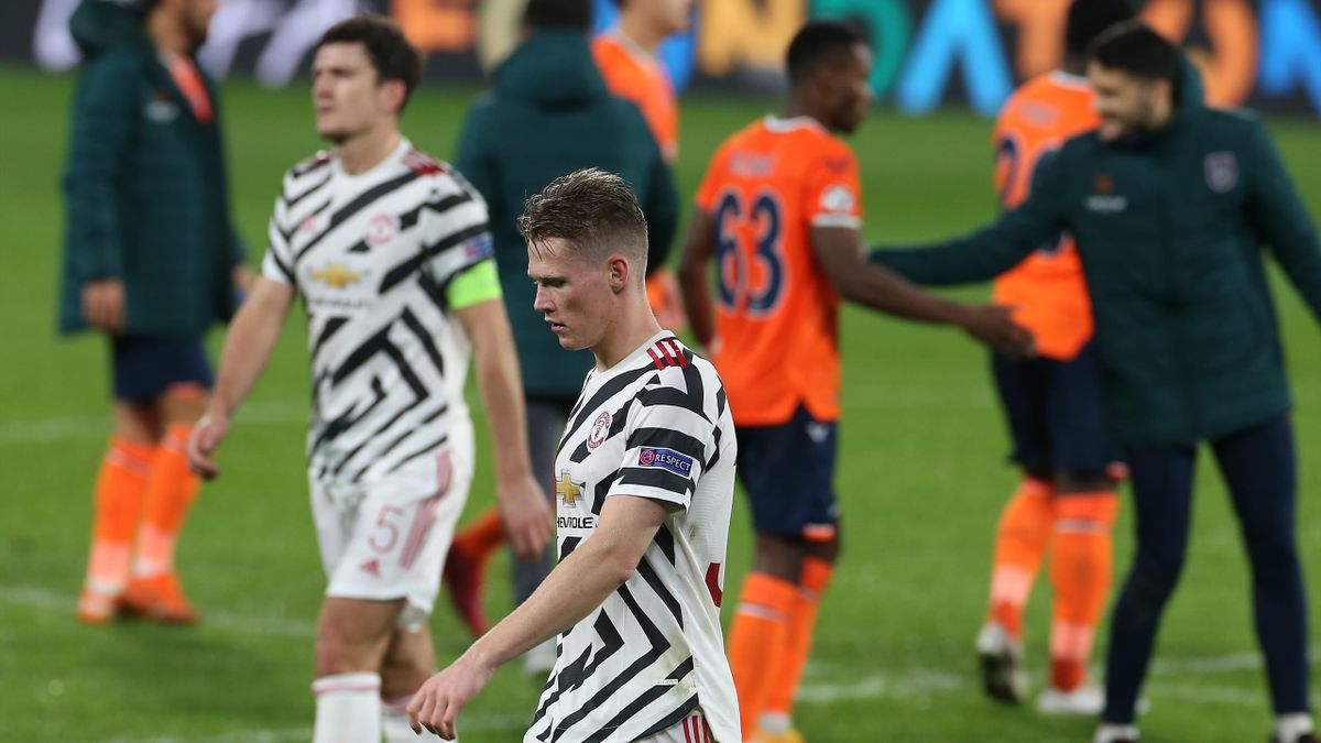 Scott McTominay of Manchester United walks off after the UEFA Champions League Group H stage match between Istanbul Basaksehir and Manchester United at Basaksehir Fatih Terim Stadyumu