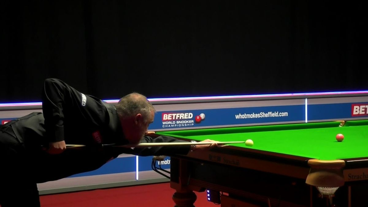 'One from the archives' - Hendry makes fantastic brown to win frame