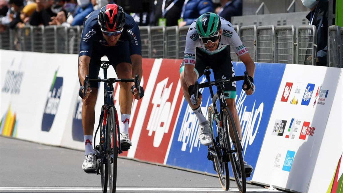 Tour of the Alps : Stage3 Finish : Moscon wins