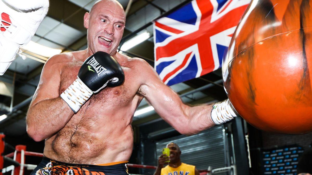 Tyson Fury soll im Ausgust gegen Anthony Joshua um die Schwergewichtskrone kämpfen