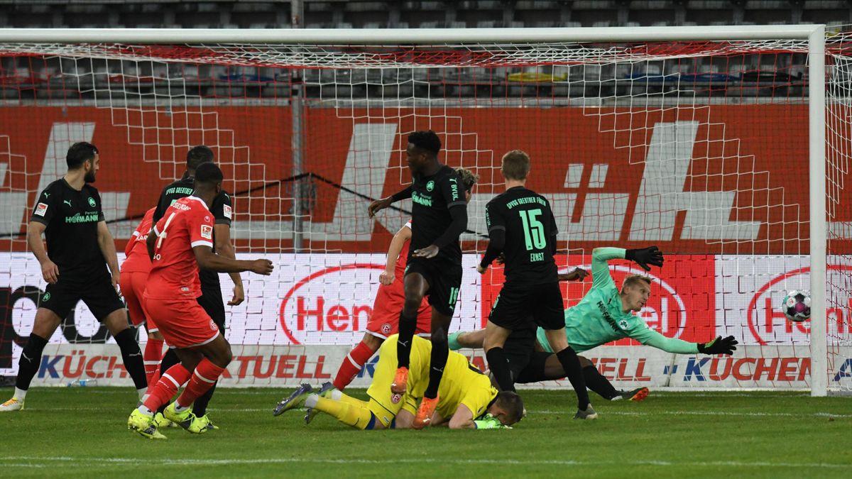 Fortuna Düsseldorf rettete im Topspiel gegen Greuther Fürth einen Punkt