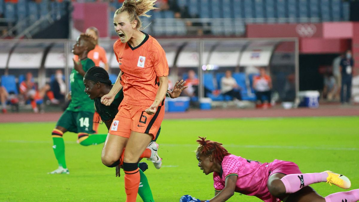 Hollandia-Zambia, Jill Roord