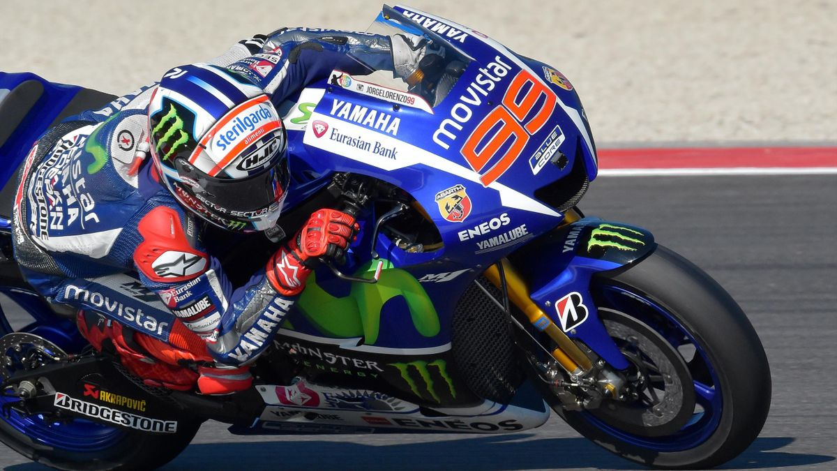 Movistar Yamaha MotoGP's Spanish rider Jorge Lorenzo takes part in the third free practice of the San Marino MotoGP, in Misano Adriatico on September 12, 2015.