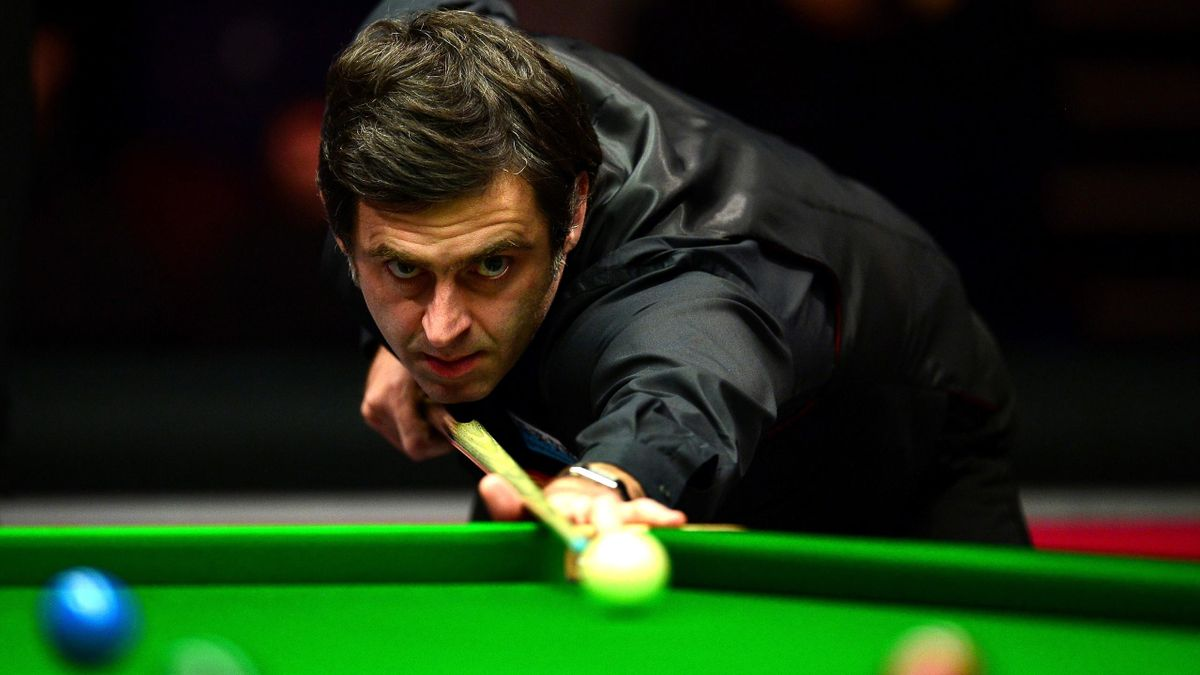 Ronnie O'Sullivan in action.