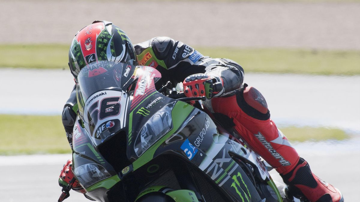 Tom Sykes of Great Britain and Kawasaki Racing Team heads down a straight during the FIM Superbike World Championship