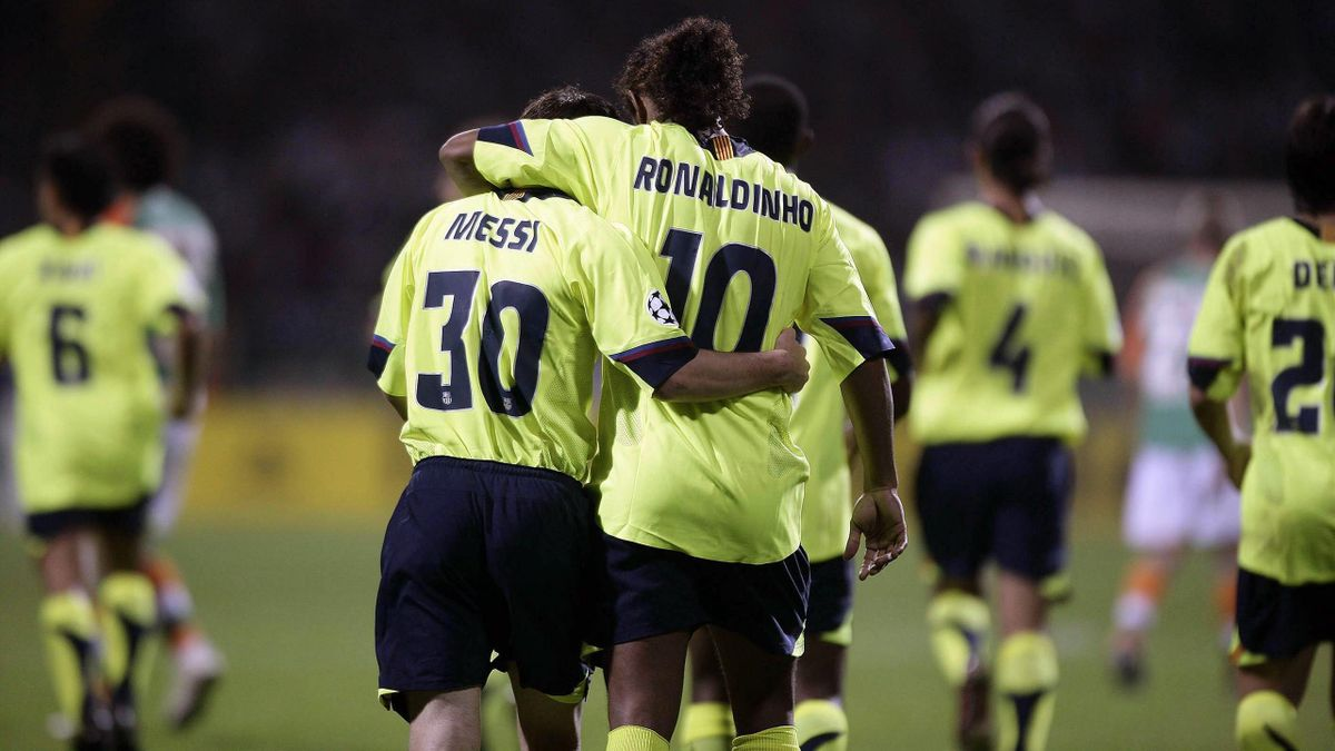 Lionel Messi,  et Ronaldinho (FC Barcelone)