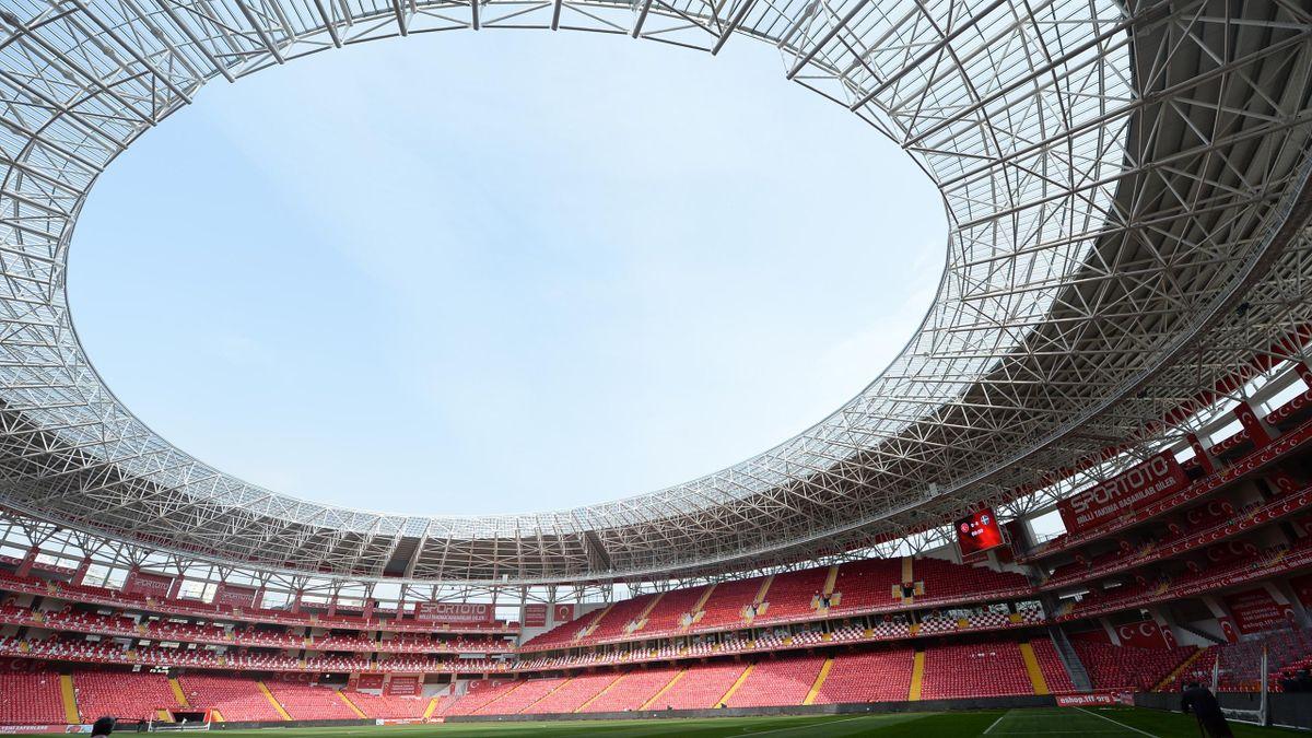 Antalya Stadı