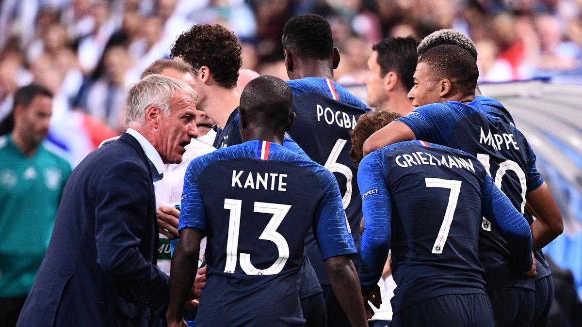 Didier Deschamps et ses joueurs