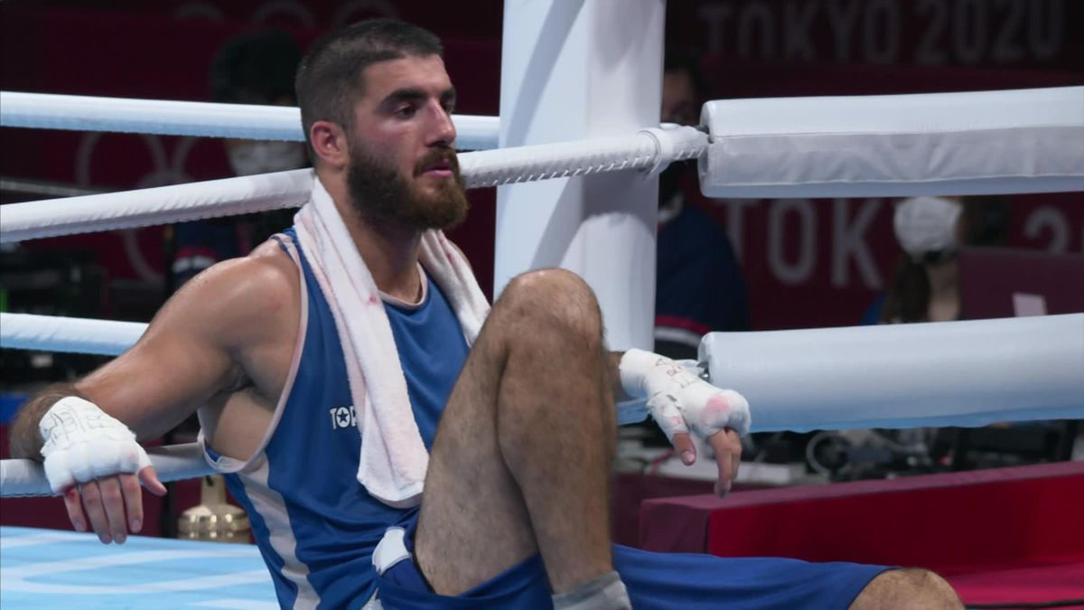 Olympic Games : Boxing : French competitor : Mourad Aliev protest after disqualification