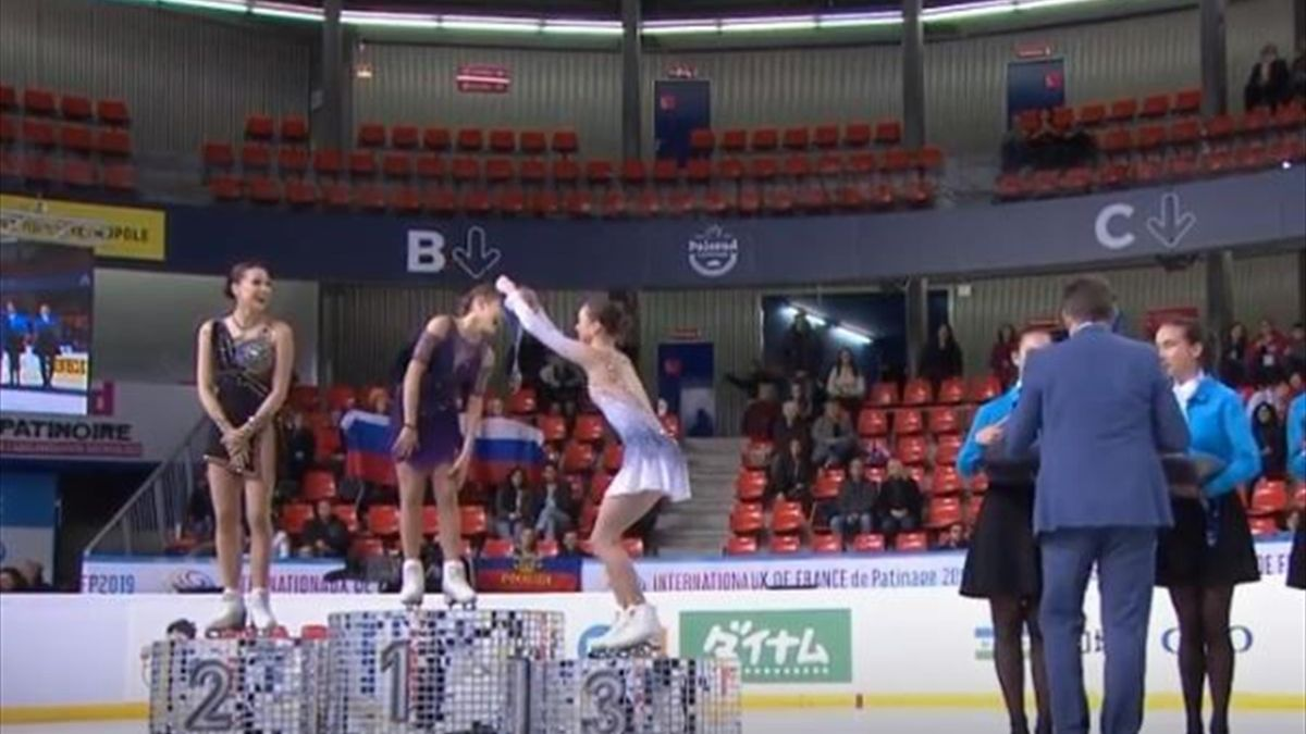 Мэрайя Белл возвращает Алене Косторной золотую медаль