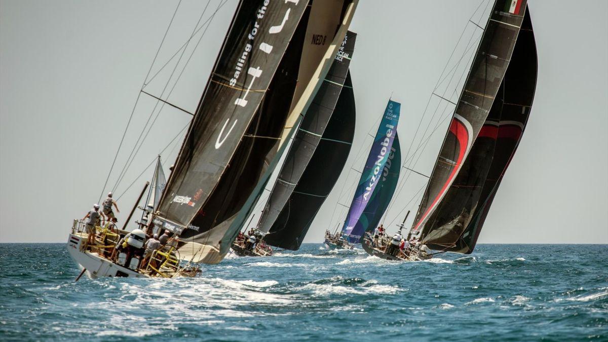 A l'instar des IMOCA, les cinq VO65 se disputeront la victoire finale à Gênes ce samedi.