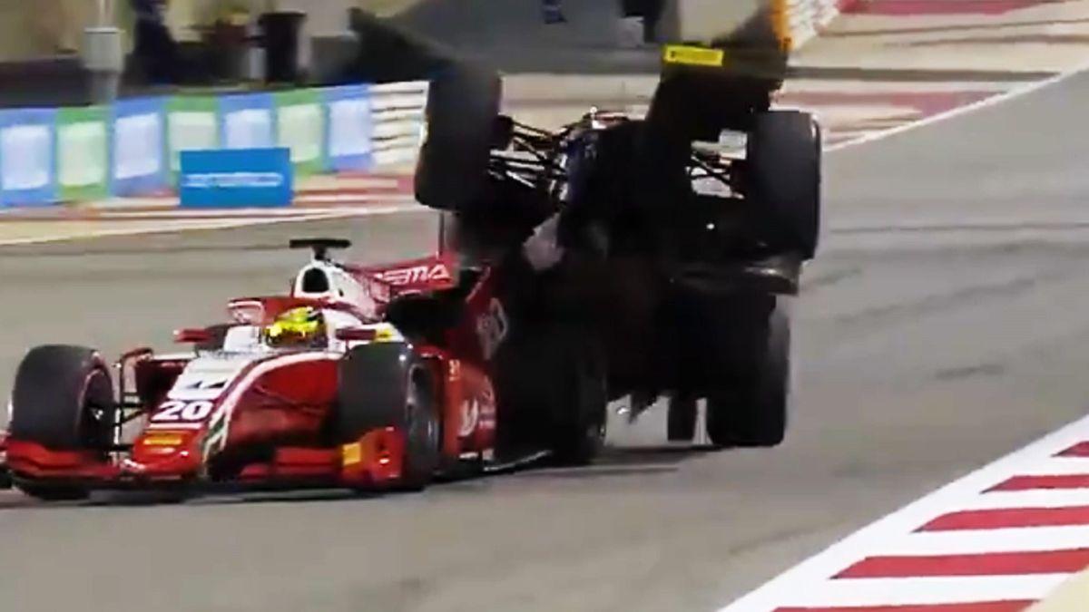Crash zwischen Mick Schumacher und Roy Nissany