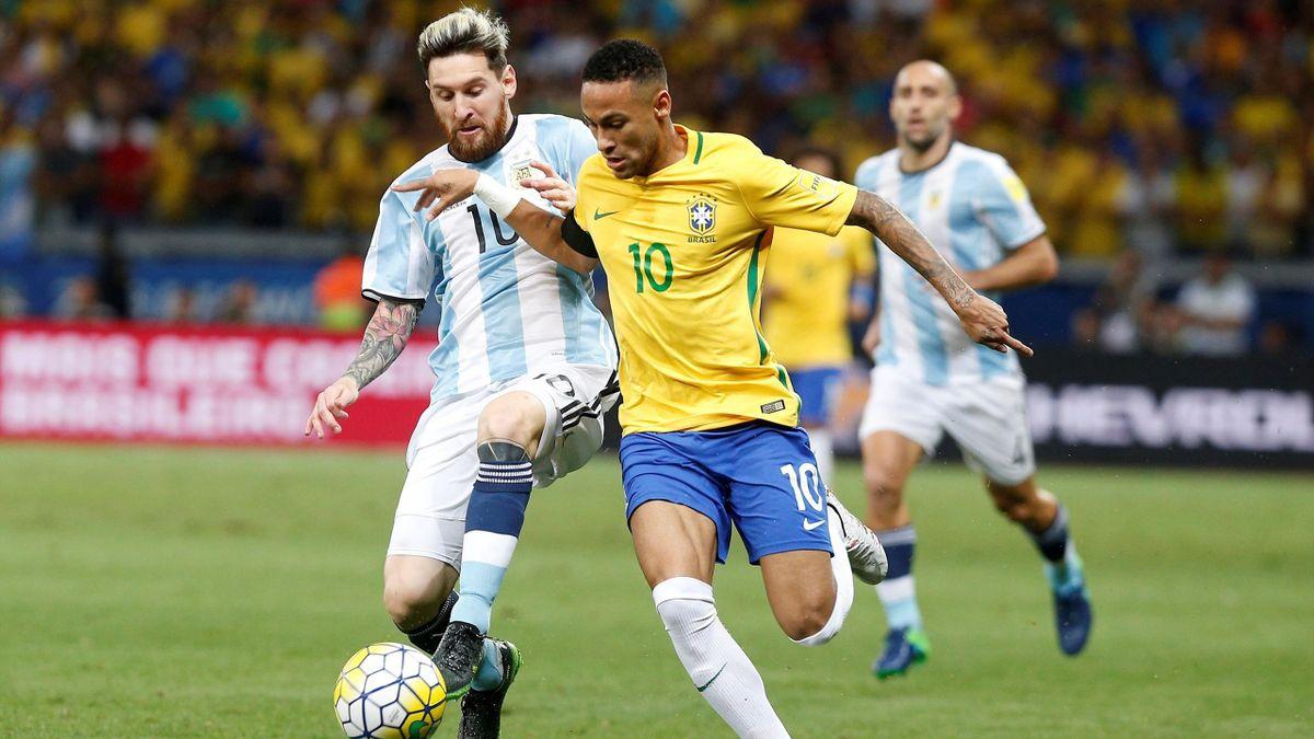 Lionel Messi (l.) und Neymar (r.)